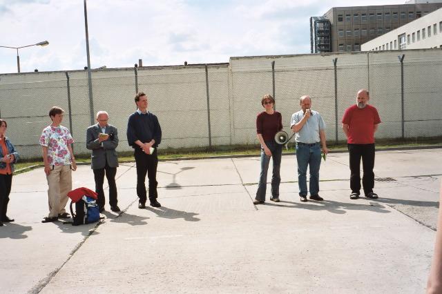 Mahnwache vor der Abschiebehaft in Berlin Köpenick